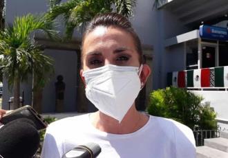 """""""Sin reglas"""" y """"muy debilitado"""", el Sistema de Salud en México, critica Soraya Pérez"""