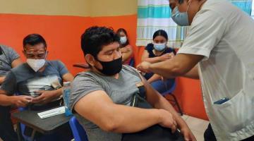Aplican más de 27 mil dosis contra COVID-19 a jóvenes de Macuspana en 6 días