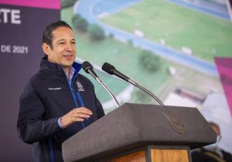 Llama Francisco Domínguez Servién a la renovación del PAN
