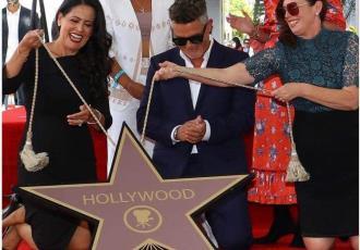 Recibe Alejandro Sanz su estrella de la fama en Hollywood