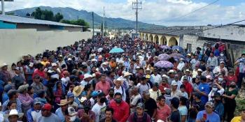 Realiza CMM gira de trabajo por Cárdenas y Comalcalco