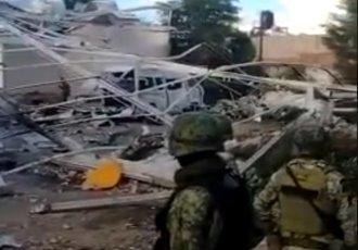 Destruyen bodega que almacenaba pólvora con una bomba lanzada con un dron en Tepalcatepec, Michoacán