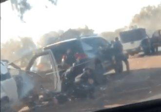 Difunden videos de enfrentamiento entre grupos armados en Tingüindín, Michoacán