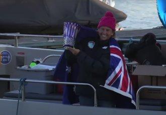 Nadadora australiana rompe récord de cruces al Canal de la Mancha
