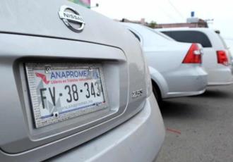 Asegura AMLO que regularizar un auto ´chocolate´ costaría 2,500 pesos en la frontera