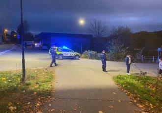 Sujeto con arco y flechas mata a varias personas en Kongsberg, Noruega