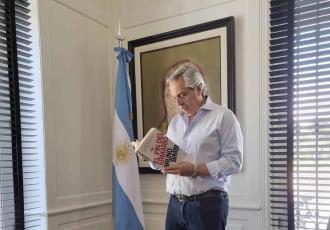 Critica presidente de Argentina retiro de libros sobre el respeto a la diversidad sexual en Valencia, España
