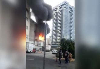 Dos heridos y severos daños deja incendio en edificio en la alcaldía Cuajimalpa en CDMX